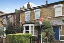 2 bed End of Terrace property in Hardy Road, Wimbledon