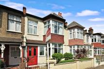 4 bed Terraced house for sale in Strathearn Road...