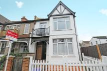Flat for sale in Oxford Avenue, Wimbledon