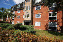 1 bed Flat to rent in Bells Hill, High Barnet...