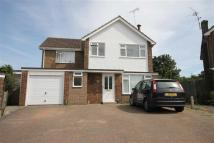 4 bed Detached house in Chestnut Grove...