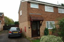 2 bedroom semi detached house to rent in Sandown Drive, Perton...