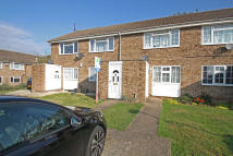 Apartment to rent in Keats Close, Chigwell...