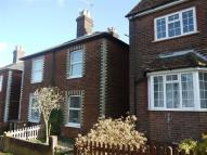 2 bedroom Cottage in High Path Road...