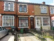 2 bedroom house in Beakes Road, Bearwood...