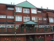 1 bed Apartment in Lighthorne Avenue...