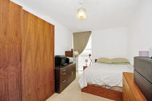new Flat to rent in MAPLETON ROAD...