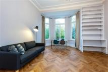 Flat for sale in Redcliffe Square...