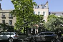 Flat for sale in Kensington Square...