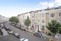2 bed Flat to rent in Eardley Crescent...
