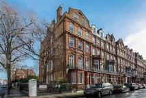 3 bed Flat in Flat 6, South Kensington...