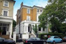 2 bedroom Flat in Bolton Gardens...