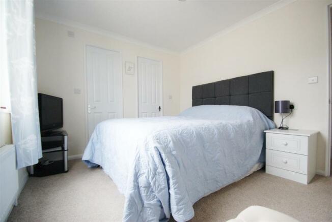 bedroom 1#1.JPG