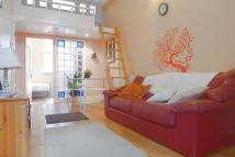 Apartment in Chalton Street...