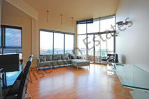 2 bed Apartment in City Road, City, EC1V