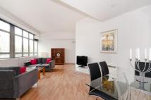 Apartment to rent in City Road, City, EC1V