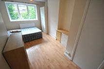 Flat to rent in Rochester Square...