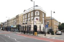 3 bedroom Flat in Essex Road, Islington, N1
