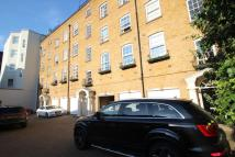 2 bed Flat in Prince Rengents Mews...