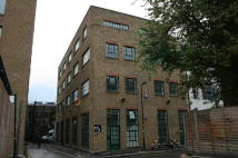 Commercial Property to rent in New Inn Yard, London