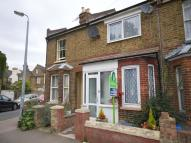 2 bed home in Cambridge Road...