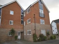 Flat to rent in Edward Vinson Drive...