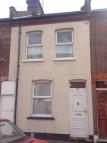 2 bed Terraced property in Highbury road, Luton...