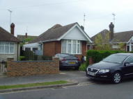 Bungalow to rent in Welbury Avenue, Leagrave...