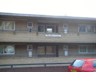 Flat to rent in Moulton Rise, Luton, LU2