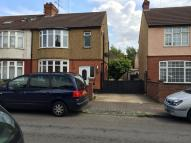 4 bedroom semi detached home to rent in Fitzroy Avenue, Leagrave...