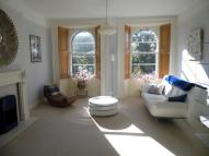 2 bed Flat in Victoria Square, Clifton