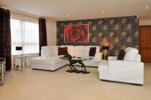 3 bedroom Flat to rent in North Contemporis...