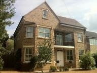 4 bed Detached house to rent in Calverton Road...