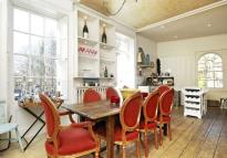 Apartment to rent in Holly Terrace, London, N6