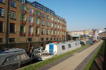 2 bedroom Apartment in Wharf Place, London, E2