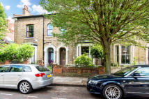 5 bedroom Terraced property for sale in Elrington Road, London...
