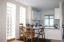 semi detached home to rent in Shrubland Road, London...