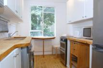 Flat in ENGLEFIELD ROAD, London...