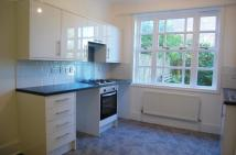 Flat to rent in QUEENSBRIDGE ROAD...