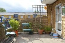 Apartment to rent in BROKE WALK, London, E8