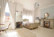 4 bedroom Terraced property to rent in CARYSFORT ROAD, London...