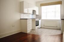 Queensbridge Road Apartment to rent