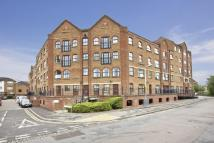 Flat for sale in Whitefriars Wharf...