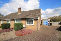 3 bedroom Semi-Detached Bungalow in Rydal Close...