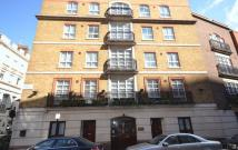 Apartment to rent in Three Bedroom in Carlton...