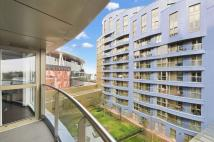 2 bedroom Detached property in Two bedroom flat for...