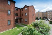 Flat for sale in Henderson Court...