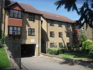 32 Warham Road Flat to rent