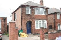 3 bedroom semi detached house to rent in Hollydale Road...