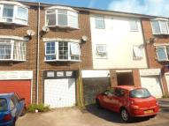 Flat in Belvoir Lodge, Carlton...